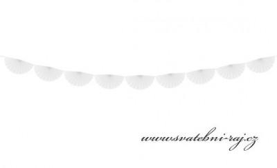 Girlanda rozetová bílá